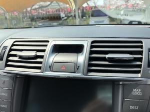 自動車 内装 レクサス リペア