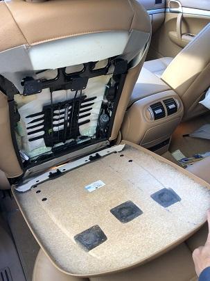ポルシェ カイエン シートバック・ボード脱落 リペア修理|千葉 四街道