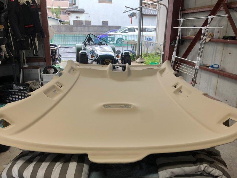 アウディA4アバント(B8) ルーフの剥がれ・天井落ち 天井張り替え 修理|千葉市